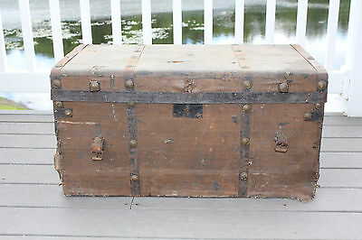 Small Antique Trunk, Chest, Storage, Project, Yard Decor, Planter