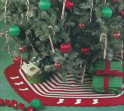 Maggie's Crochet   Gingerbread Tree Skirt Crochet Pattern
