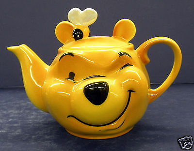 Cardew Winnie the Pooh Face Teapot with Bee- New in Box!  #FDY13401
