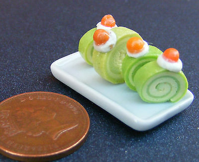 1:12 Scale Plate With 4 Green Icing Swiss Roll Slices Tumdee Dolls House PL55