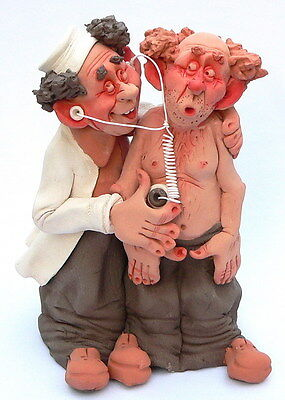 Family Doctor & Patient Figurine Stethoscope Heart Rate Lungs Monitor Cardiology