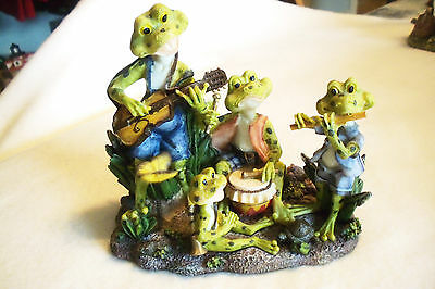 """6"""" LONG FIFE AND DRUM FROG BAND. EXQUISITE DETAIL AND PAINTING"""