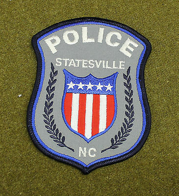 28509) Patch Statesville North Carolina Police Department Sheriff Insignia