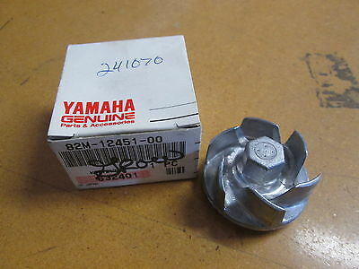 NOS Yamaha OEM Water Pump Impeller 1987-1993 EX570 1994-001 VX500 82M-12451-00