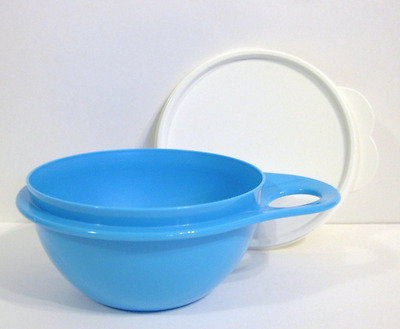 Tupperware Thatsa Bowl 2.5 Cup Container for Mixing Serving & Storage Blue New