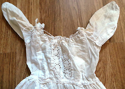 Antiques : Lace Design Victorian Babies Christening Gown.         Ref: C249