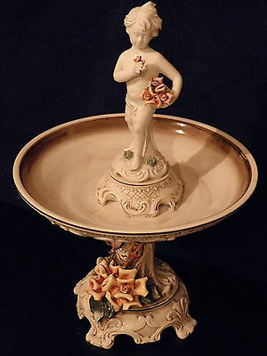 RARE, VINTAGE CAPODIMONTE PEDESTAL COMPOTE/BOWL FEATURING A STATUE IN THE BOWL
