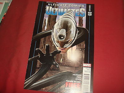 ULTIMATE COMICS : THE ULTIMATES #9 Hickman Marvel Comics 2011 VF/NM