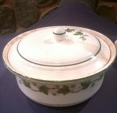 VINTAGE HARKER HOTOVEN CHINAWARE COVERED CASSEROLE dish green leaves bowl pot