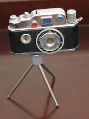 RARE VINTAGE '( made in occupied japan) PHOTO FLASH TABLE CIGARETTE LIGHTER