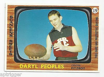 1967 Scanlens # 19 Daryl PEOPLES Fitzroy Mint.