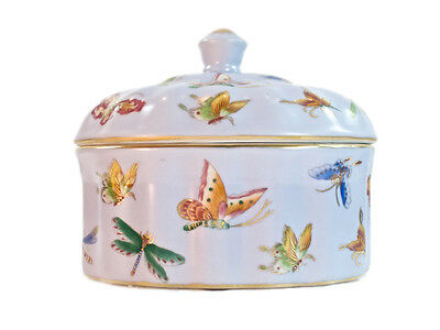 15cm Porcelain Blue Butterfly Oval Covered Jar