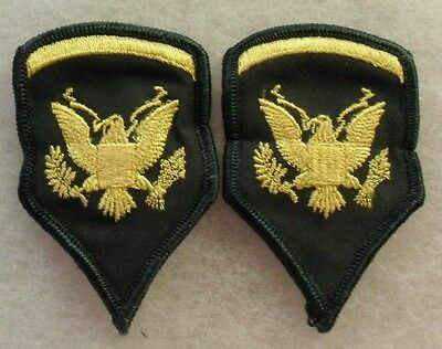 """Pair Nam Wac Spec 5 Chevs Emb On Twill W/ Me; Males Stopped Wearing 2"""" By 1961"""