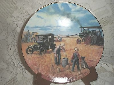 COLLECTOR PLATE ~ Bountiful Harvest ~ Farming the Heartland COA Danbury Mint