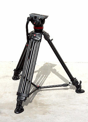 Manfrotto Mvh502A Head, 546B Tripod With Carry Bag (Open Box)
