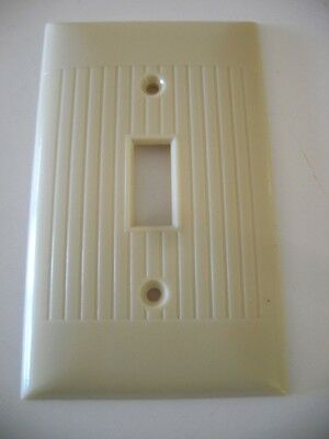 VTG Single LIGHT SWITCH toggle Wall Cover Plate IVORY RIBBED SIERRA Electric