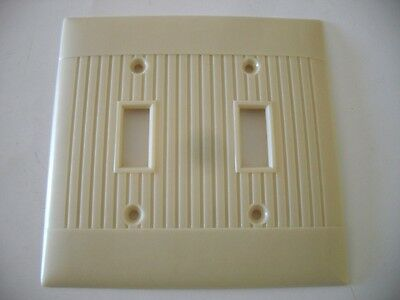 Vtg IVORY colored Double SWITCH PLATE Cover Ribbed switch plate Sierra Line