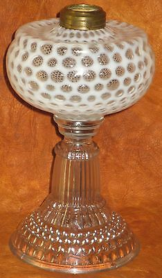 ANTIQUE HOBBS COIN DOT OPALESCENT CLEAR SEWING LAMP #2 COLLAR SPARKLE DESIGN