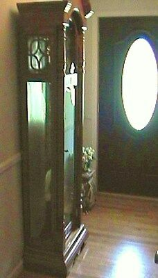 Sligh Grandfather Clock With Three Relaxing Chime Tones (FREE LOCAL PICK UP)