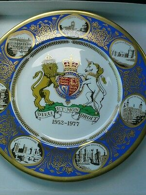 THE QUEENS SILVER JUBILEE COMMEMORATIVE PLATE. 1977 #320 EXCELLENT FREE SHIP