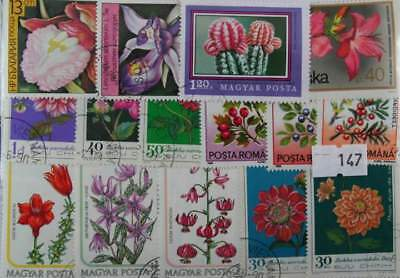 200 Flowers stamps in packet  (147)