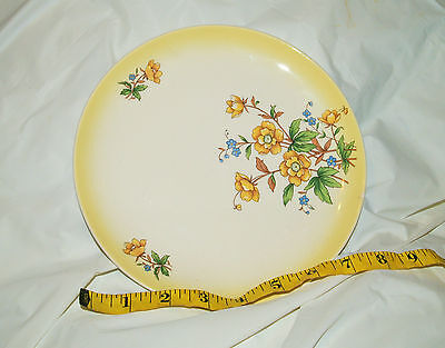 """Taylor Smith & Taylor Versatile Yellow Daisy & Green Leaves 8.5"""" Salad Plate"""