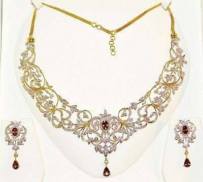 Certified 15Cts Vs G Diamond Color Change Garnet 18K Gold Necklace Earrings Set