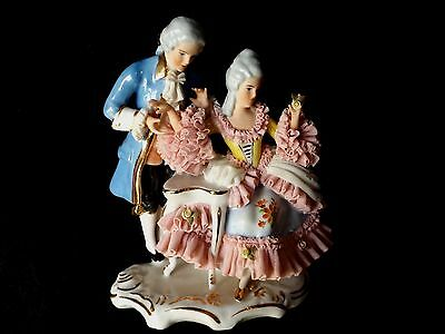 DRESDEN LACE COUPLE FIGURINE BEAUTIFUL