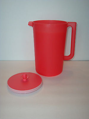 Tupperware Classic 1-Gallon Round Large Pitcher Push Button Seal Guava New