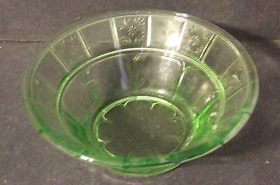 "Vintage Doric Jeanette Green Berry Bowl 4 1/2"" Depression Glass"