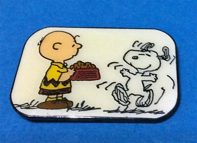 Peanuts Charlie Brown & Snoopy It's Chow Time Vintage Pin