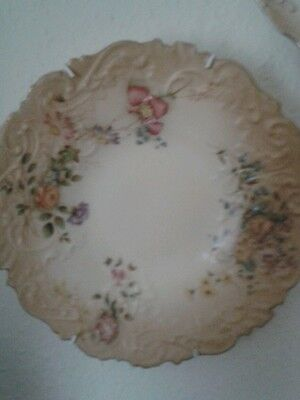 "Worcester Blush Royal China Works Plate 9"" Floral detail"