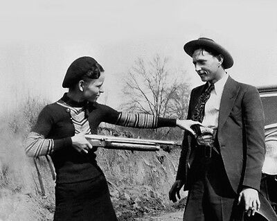 1933 Bank Robbers BONNIE and CLYDE Glossy 8x10 Photo Criminal Print Gun Poster
