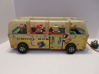 Vintage # 983 Fisher Price School Bus 50's 60's.