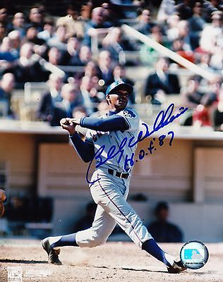 BILLY WILLIAMS  CHICAGO CUBS  HOF 87  ACTION SIGNED 8x10