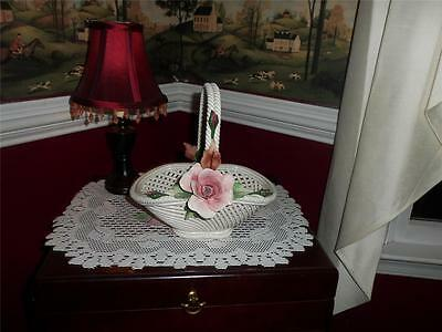 VNTG. CAPODIMONTE BASKET W ROSE **** SEE PICTURES****