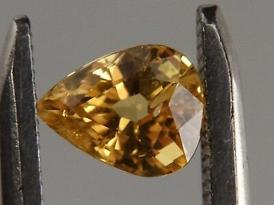 "Australian Faceted Natural Yellow Sapphire 1.33 ct ""Stunning_Gemstones"""
