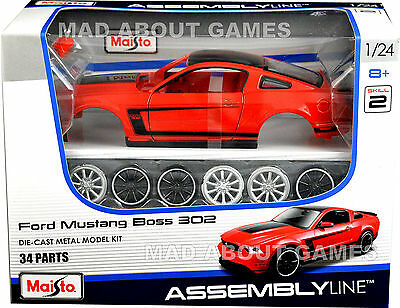 FORD MUSTANG BOSS 302 1:24 scale model car KIT diecast die cast models assembly