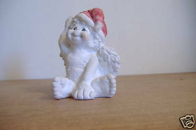 ~Dreamsicles~Wearing A Santa Hat~3.75 Inch Figurine~