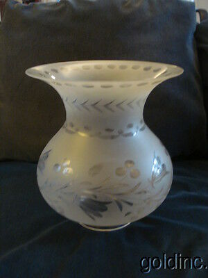 "Nice 19th.C.Solar/Astral Oil/Kerosene 5"" Frosted / Cut & polished Lamp Shade N/R"
