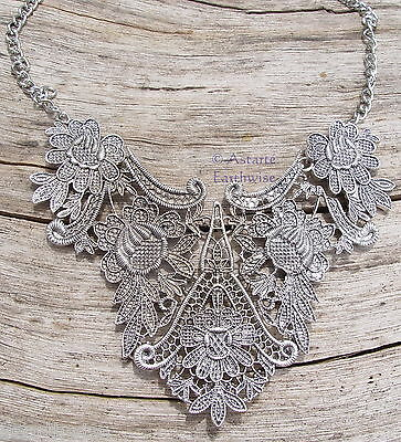1 x SILVER PLATED FLOWER NECK WITH CHAIN Wicca Pagan Witch Goth VINTAGE RETRO