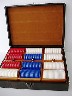 Faux Alligator Wooden Case with 300 Plastic Poker Chips  LANGENAU CLEVELAND