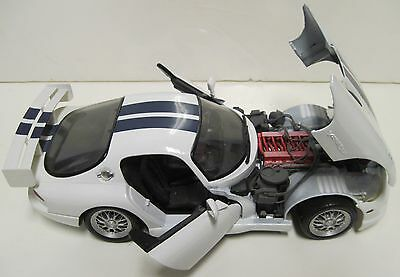 Dodge Viper GISI 1/18 Scale Diecast Model By Maisto