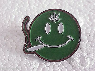 10 PACK WHOLESALE SMILEY FACE 1 1/4 in  MARIJUANA GRATEFUL DEAD RELIX PIN