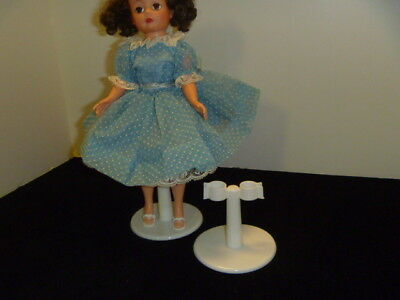 Leg Grip DOLL STANDS GREAT FOR BARBIE - WHITE x 6 stands brand new