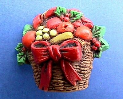CHRISTMAS Pin FRUIT BASKET Vtg Xmas Jewelry Holiday Brooch Vintage 1980s