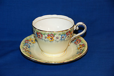 ♥ Aynsley Bone China Footed Teacup & Saucer Duo ♥ Pattern B5180-5