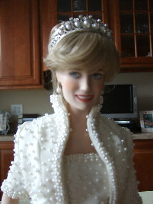 Franklin Mint Princess Diana Doll in White Beaded Formal  Dress with Crown