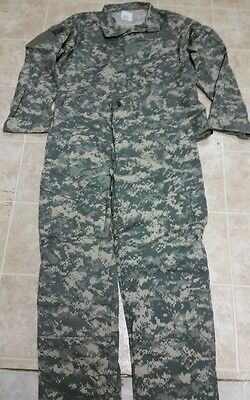 US MILITARY ACU SET, ARMY Digital Camo Pants / Shirt Large Long.  ACU Mint