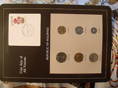 Coin Sets of All Nations Maldives w/card 1982 - 1990 UNC Mushroom stamp